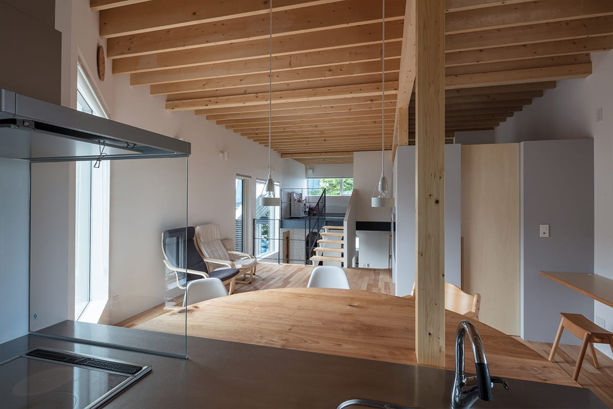 Four Decks 富谷洋介建築設計