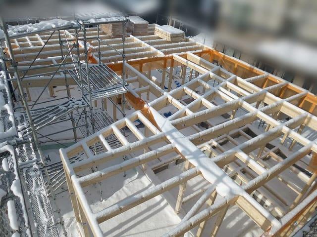 建て方 富谷洋介建築設計