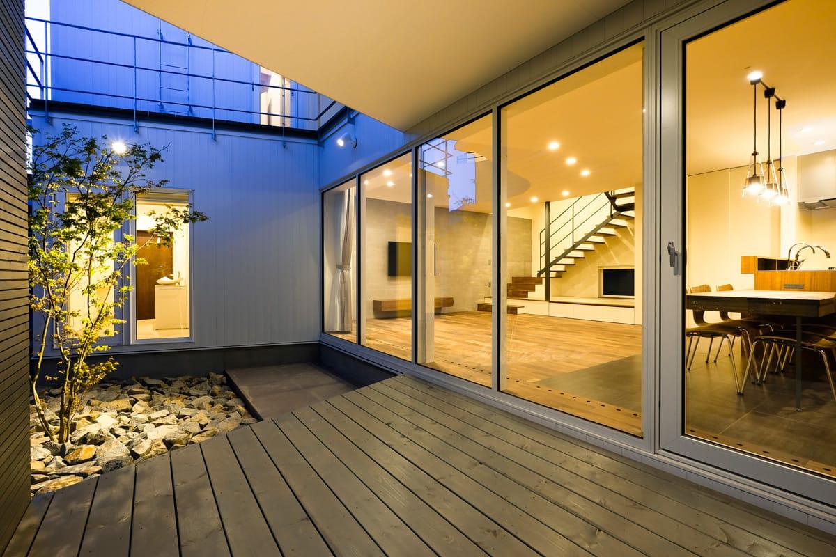 集光の家 テラス写真