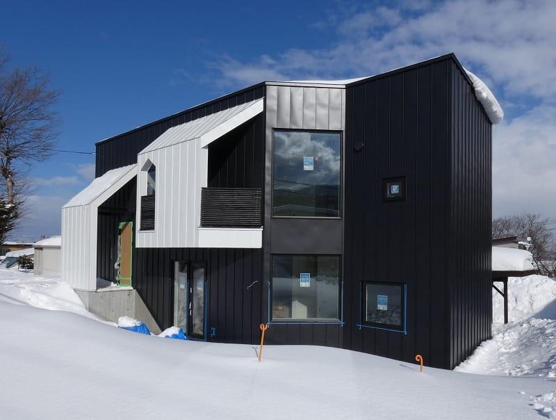 富谷洋介建築設計の手稲区の住宅オープンハウス外観