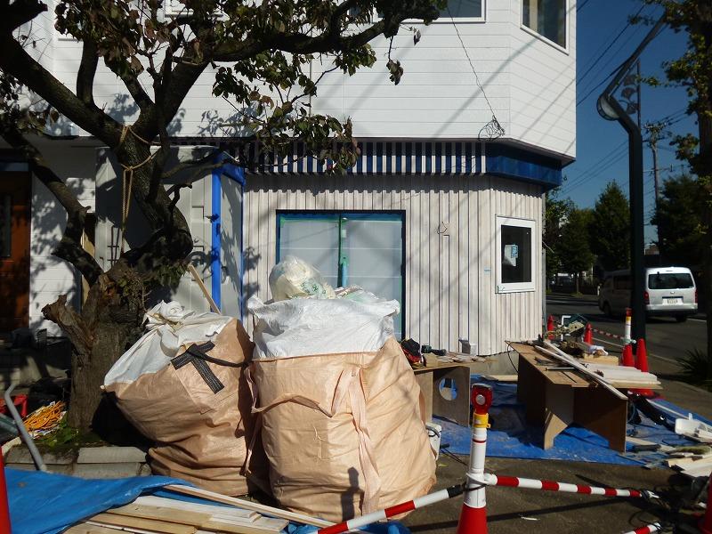 カフェ併用住宅、竣工直前…【Project YA】